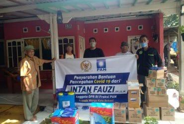 Intan Fauzi Serahkan Bantuan Pencegahan Covid-19 kepada Warga Kota Bekasi dan Depok