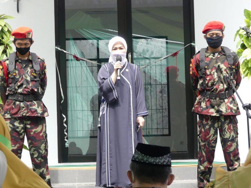 Anggota DPR RI Komisi IX, Hj Intan Fauzi, SH, LL.M  meresmikan BLK PPMDA