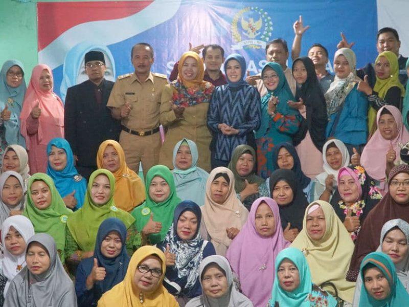 Melaksanakan program kerja Sosialisasi 4 Pilar Bersama Muslimat NU di Depok