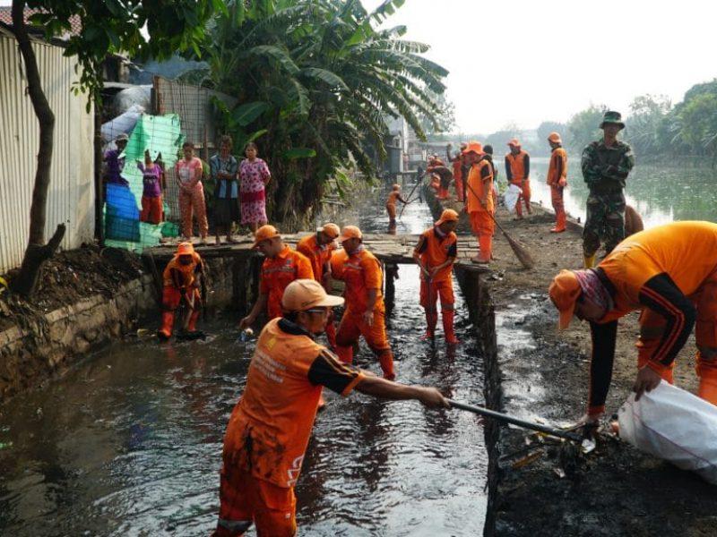 Kerja Bakti Bersama Situ Rawa Bebek (Kodam Jaya - Kodim ( (18)