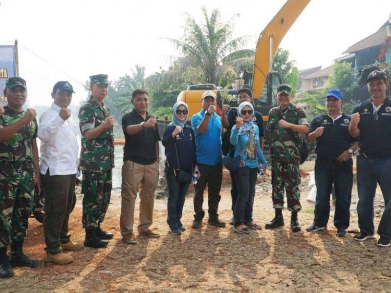 Kerja Bakti Bersama Situ Rawa Bebek (Kodam Jaya - Kodim ( (42)