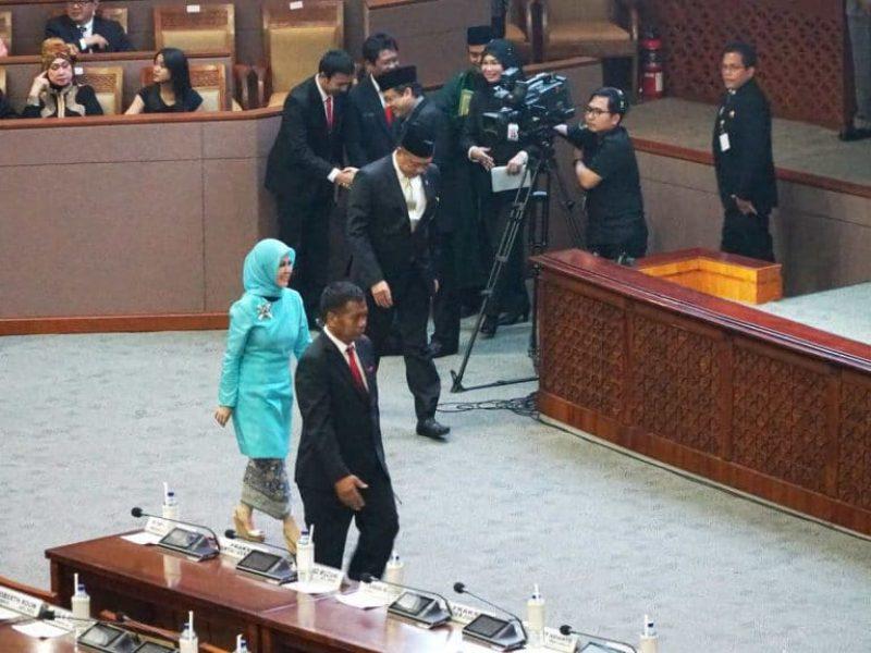 Pelantikan Intan Fauzi sebagai anggota DPR RI (15)