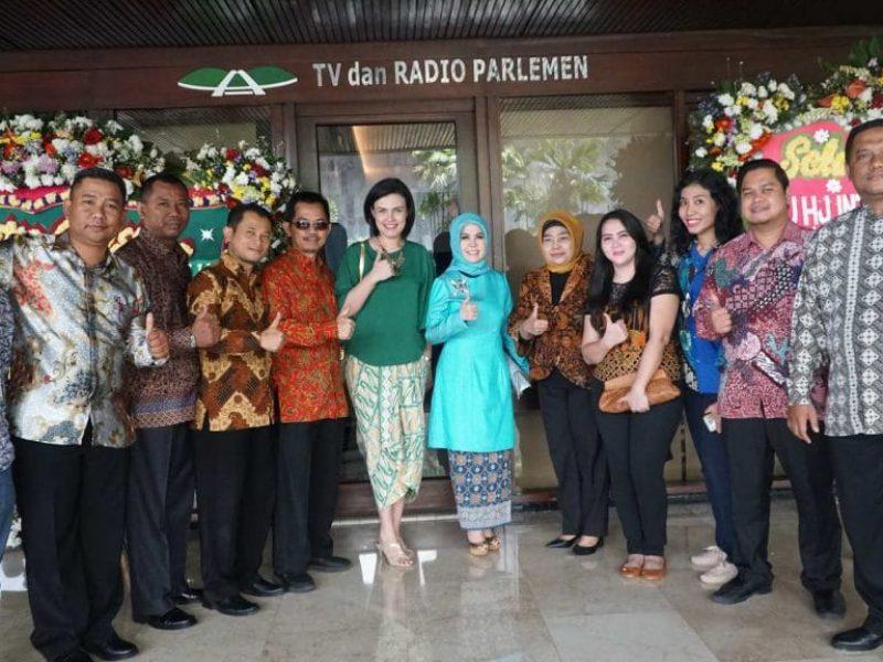 Pelantikan Intan Fauzi sebagai anggota DPR RI (3)